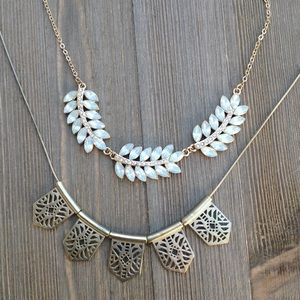 Jewelry - Statement necklaces. Final price
